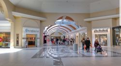 Fashion_Outlet_Center_Tag_10